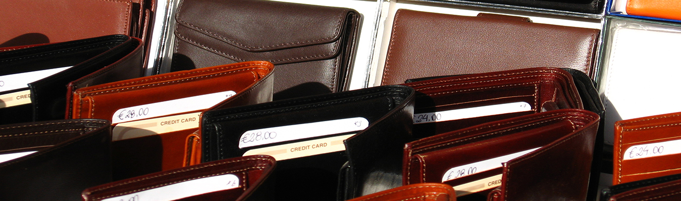 Corporate-gift-wallets-in-dubai